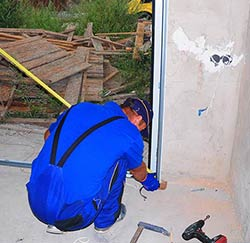 Exclusive Garage Door Repair Service Las Vegas, NV 702-666-8143
